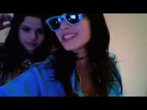 Demi Lovato and Selena Gomez Dance