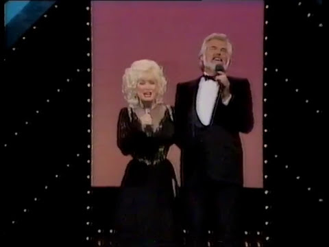 Kenny Rogers - Dolly Parton - Islands In The Stream - 1983 video