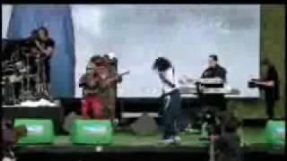 Watch Anastacia 911 video