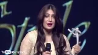 Ayeza Khan Won Best Actress Award at Lux Style Awards