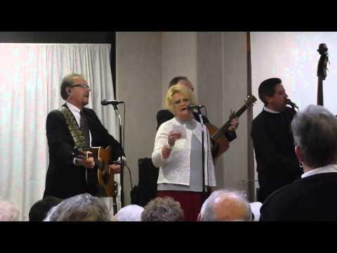 Kay Wilson Sings Beautiful Star Of Bethlehem video