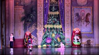 7 Moscow Ballet 39 S Great Russian Nutcracker Party And Gift Giving