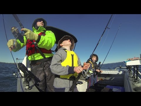 Fishing with the kids Fathers Day 2014, Hibiscus Coast NZ