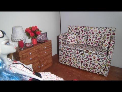 Como fazer um sofá #1 para boneca Monster High. Pullip. Barbie e etc