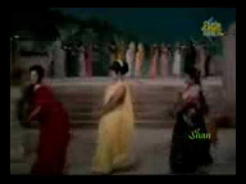 Ganga Maiya Mein Jab Tak Ke Paani Rahe-suhaag Raat 1968 video