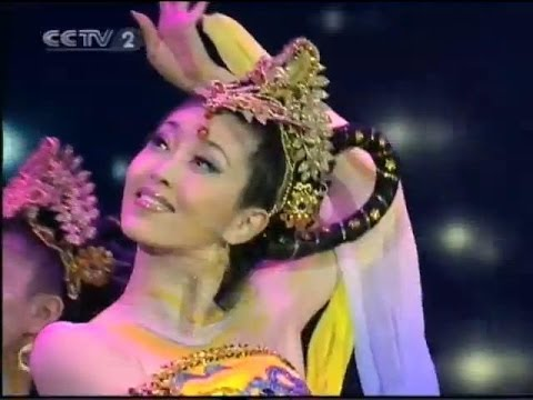 Beautiful Chinese Classical Dance 【1】 《飛天》Flying Apsaras1