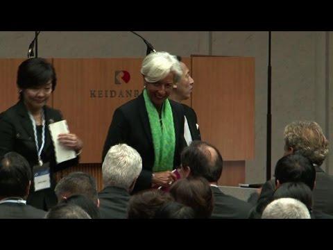 A Tokyo, Lagarde encourage le travail des femmes
