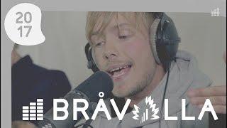 Tjuvjakt - Mittenfingret upp (Live @ East FM på Bråvalla)