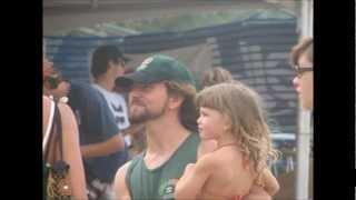 Watch Eddie Vedder Skipping video