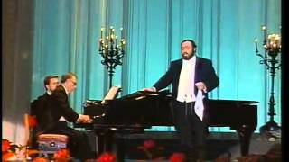 Luciano Pavarotti Video - Luciano Pavarotti Concert at Bolshoi Theatre 1990