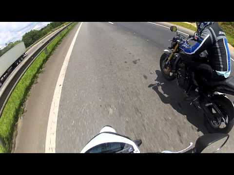 CANAL DO MUMU - HORNETS LADO A LADO NO TOP SPEED, SHOW - HONDA HORNET BRANCA ABS