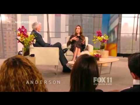 Angelina Jolie Chez Anderson Cooper [2011] video
