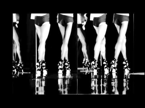 DSQUARED S/S 2013 VIDEO CAMPAIGN: BEHIND THE MIRROR