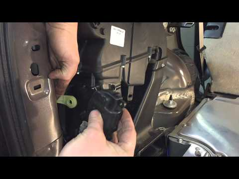 diy how to fix rear window hinge ford escape 2004