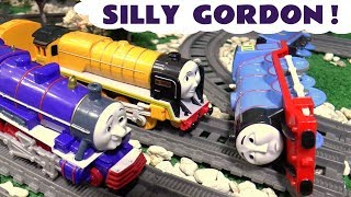 Thomas & Friends Toy Trains - How strong is Gordon with the funny Funlings - Fun kids story TT4U