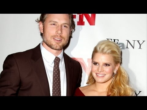 Jessica Simpson Gives Birth to Baby Girl Maxwell Drew Johnson, Baby Weighs 9 Pounds, 13 Ounces