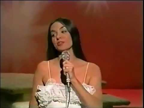 Gayle Crystal - Somebody Loves You