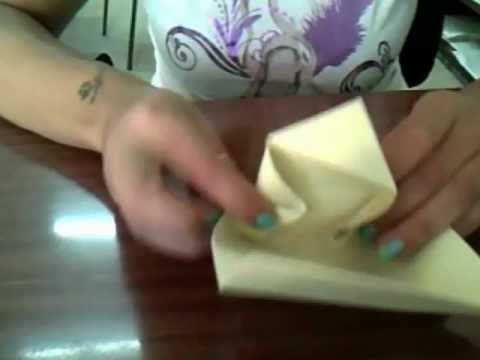 Realizziamo una scatolina di carta o cartoncino.