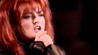 Watch Wynonna Judd Dance Shout video