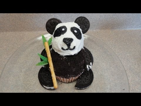 Decorating Cupcakes #86:  Pandas