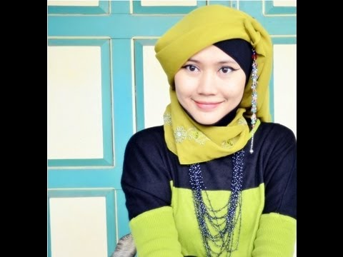 Tutorial Hijab Paris Simple Inspired by Fatin Shidqia - Part #11