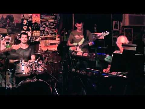 Rufus Philpot - Bass solo w/Scott Henderson,Andy Sanesi,Mitch Forman-