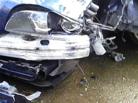 BMW E39 528i total crash