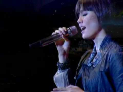 Agnes Monica (3rd Song) Because of Who You are - Natal 251209.wmv