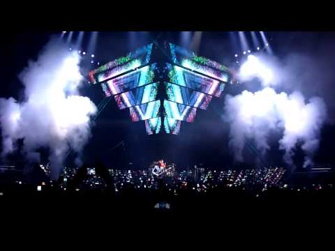 dKs... Muse Survival Palacio de Deportes . Madrid 20OUT2012 .Legendado