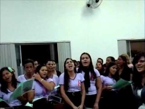 UMADAR E JOVENS DO ALVORADA LOUVANDO A DEUS