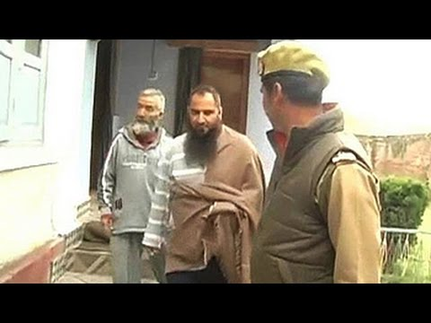Kashmiri separatist Masarat Alam, whose supporters had waved Pakistani flags at a rally addressed by him, was arrested in Srinagar this morning. Mr Alam had last night been placed under house arrest over a planned march in the Valley today.  Watch more videos: http://www.ndtv.com/video?yt