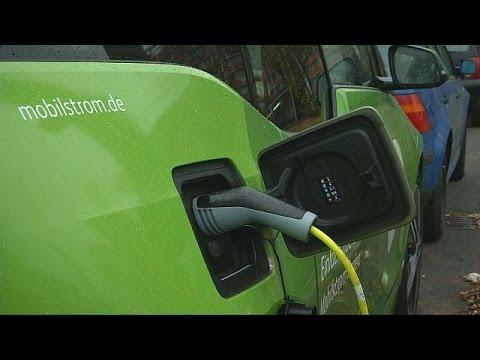أعمدة إنارة المدن في برلين لإعادة شحن السيارات الكهربائية – hi-tech