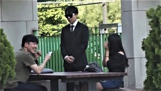 [Korean prank hidden cameras] To call a stranger a master (Legend kkk)