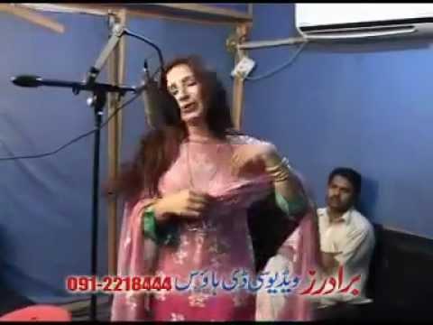 Rahim Shah, Nelo And Asma Lata Pashto Song Sta Da Husan Dawagir Yam video