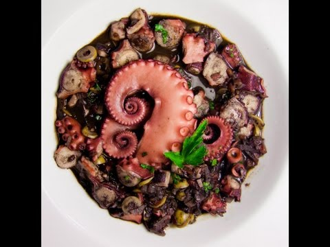 Pulpo en su tinta - Cocina tu Refri 119 - Octopus in its Ink