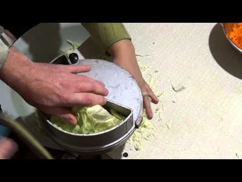 Как самому сделать овощерезку для капусты