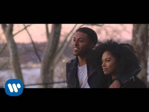 "New Video: Diggy Simmons ""Honestly"""