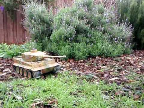 Tiger Tank RC model.avi