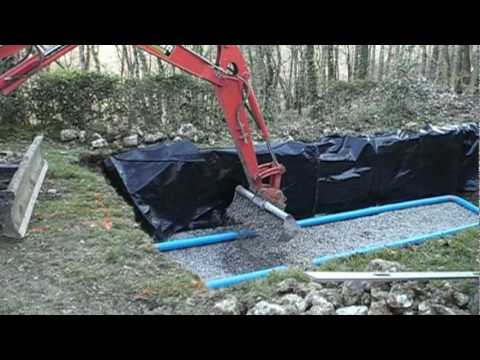 installation fosse septique septic tank with difficult access youtube. Black Bedroom Furniture Sets. Home Design Ideas