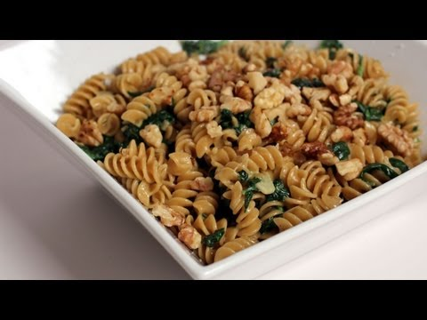 Pasta with Creamy Spinach Sauce - Recipe by Laura Vitale - Laura in the Kitchen Episode 251