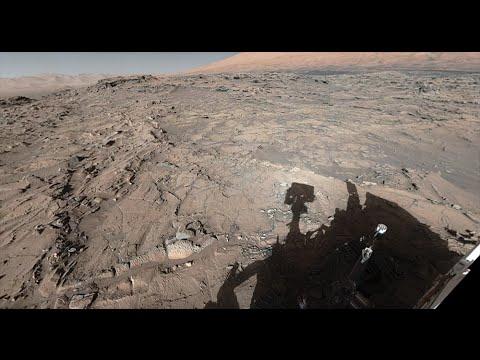 NASA's Curiosity Mars Rover at Naukluft Plateau (360 View)