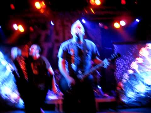 Less Than Jake - Help Save The Youth Of America From Exploding @ Postbahnhof, Berlin (2010.11.22)