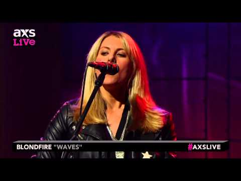 "Blondfire Performs ""Waves"" on AXS Live"