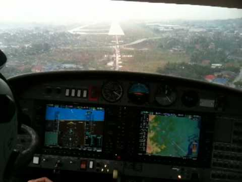 Flying a DA42 in ( Instrument meteorological condition IMC ). ILS Approach RWY 15 Subang. .