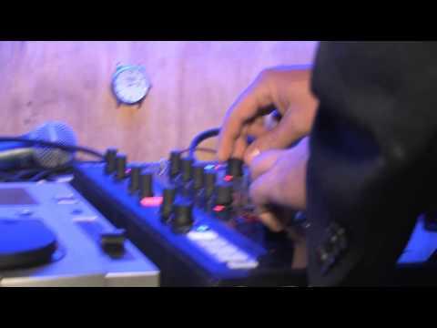 DJ Naaldekoker - Afrikaanse Aand by Nu'Bar Stellenbosch - 25 April 2013