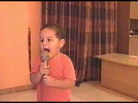 video divertenti – bambino imitatore a 2 anni
