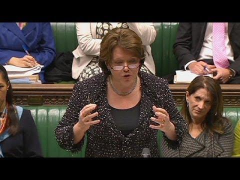 David Cameron attristé par le départ de Maria Miller