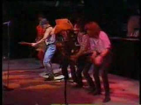 Cadillac Ranch - Bruce Springsteen - Paris 85