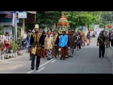 Uncle Black & Me mak Itam & Me ~ Film Documentary ~ Trailer video