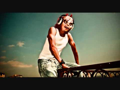 Electro House 2011 Wtf Mix Dj Bl3nd (high Quality) video